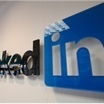 LinkedIn open up network for application development