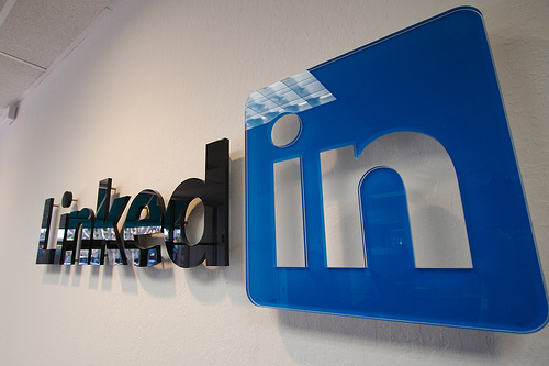 LinkedIn to let recruiters view full profiles with Talent Advantage